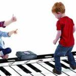 comprar piano para tocar con los pies gigante